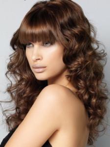 Яркие оттенки каштанового цвета волос