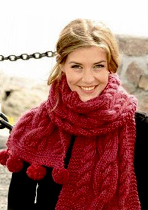 В метель и стужу теплый шарф