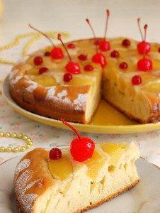 Чудесный пирог с персиками из банки