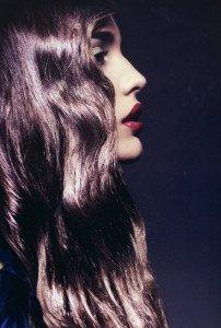 Окрашиваем волосы в темный цвет